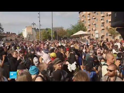 احتجاجات في الدانمارك على تطبيق قانون حظر النقاب  في الأماكن العامة