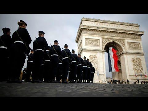 شاهد مظاهر احتفالات العالم في باريس بالذكرى المئوية لنهاية الحرب العالمية الأولى
