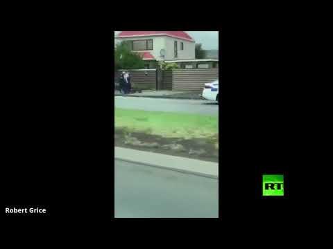 شاهد لحظة توقيف أحد مُنفّذي اعتداء المسجدين في نيوزيلندا