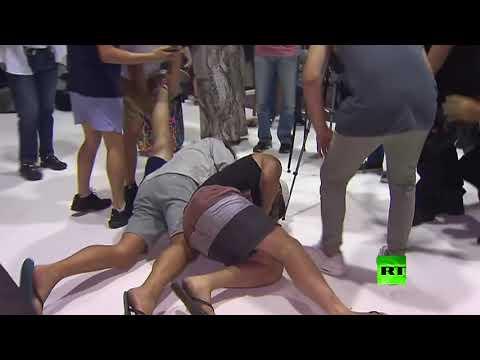 شاهد سيناتور أسترالي يتعرض لهجوم بالبيض بعد تصريح عنصري