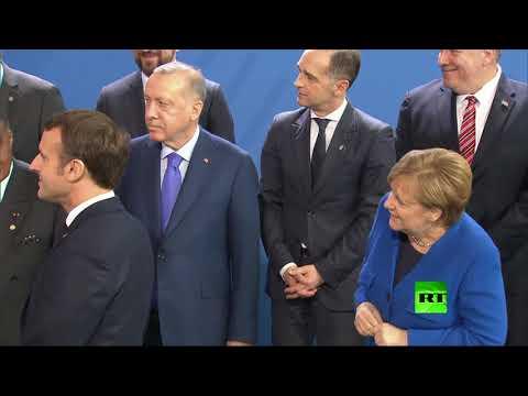 شاهد صورة جماعية للقادة المشاركين في مؤتمر برلين حول ليبيا