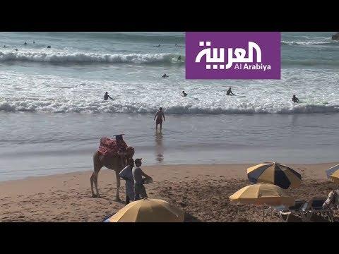 شاهد تغازوت المغربية قبلة هواة الرياضات البحرية مع اشتداد البرد في أوروبا