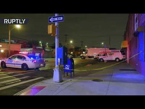 شاهد العثور على عشرات الجثث في شاحنات في نيويورك