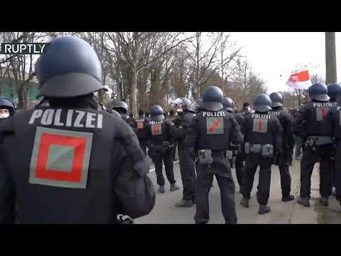 شاهد تظاهرات حاشدة ضد قيود كورونا في ألمانيا