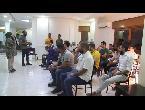 شاهد الصحافيون عالقون بين الانقسام السياسي والمواجهات العسكرية في ليبيا
