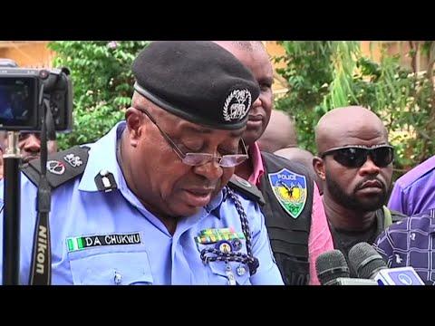 الشرطة تلقي القبض على 8 أشخاص