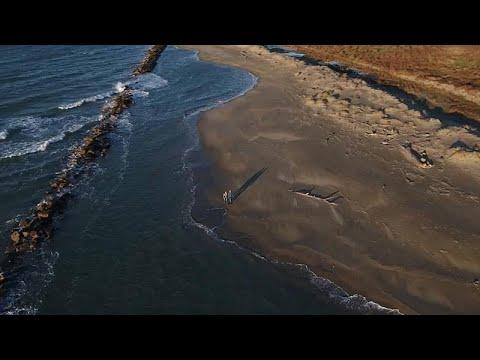 شاهد كوارث تهدّد بإعادة تشكيل شواطئ العالم