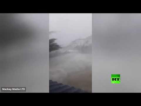 شاهد إعصار دوريان المدمر يجتاح جزر الباهاما مصحوبًا برياح شديدة