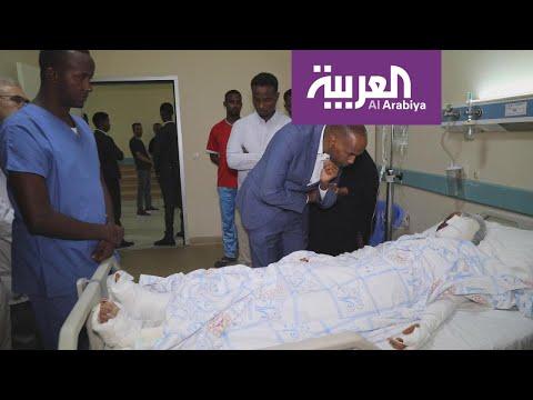 شاهد مستشفيات مقديشو تعج بمصابي التفجير الانتحاري
