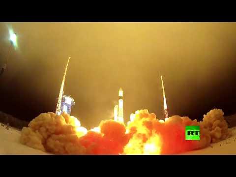 شاهد روسيا تطلق صاروخ روكوت يحمل 3 أقمار صناعية وآخر للأغراض العسكرية بنجاح