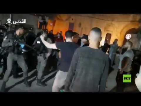 مستوطنون يعتدون على مصلين عند باب الأسباط في القدس