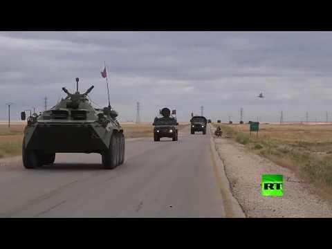 قافلة عسكرية روسية تسير من القامشلي باتجاه عين عيسى عبر الطريق إم 4