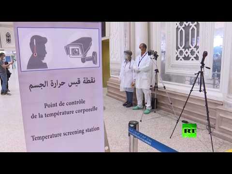 وزيرا النقل والسياحة في تونس يتفقدان مطار قرطاج الدولي