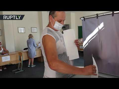 شاهد إغلاق صناديق الاقتراع في يوم التصويت الموحد في روسيا