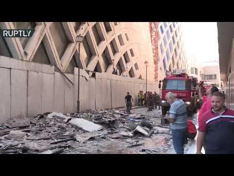 شاهد حريق داخل مجمع تجاري قيد الإنشاء في وسط العاصمة اللبنانية